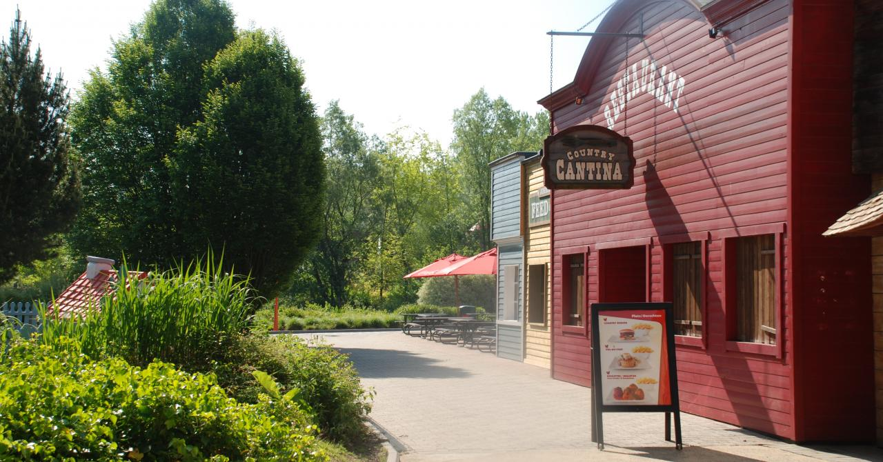 Country Cantina